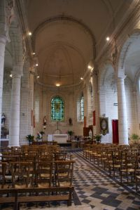 Bright neoclassical nave
